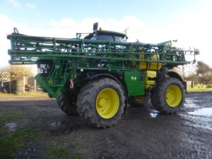 John Deere 5430i 36/18m self propelled sprayer, 12 section booms, AutoTrac, field lighting kit, Michelin Xeo Bib VF 710/60R38 tyres, 3872 hours, YK14 VXX
