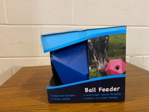 New ball feeder
